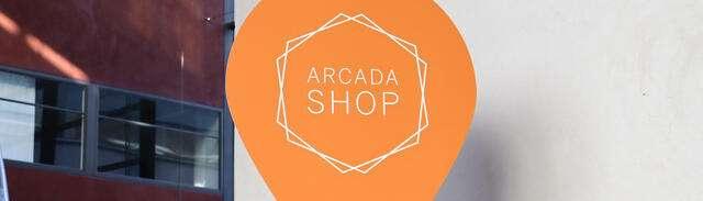 Arcada shop sign